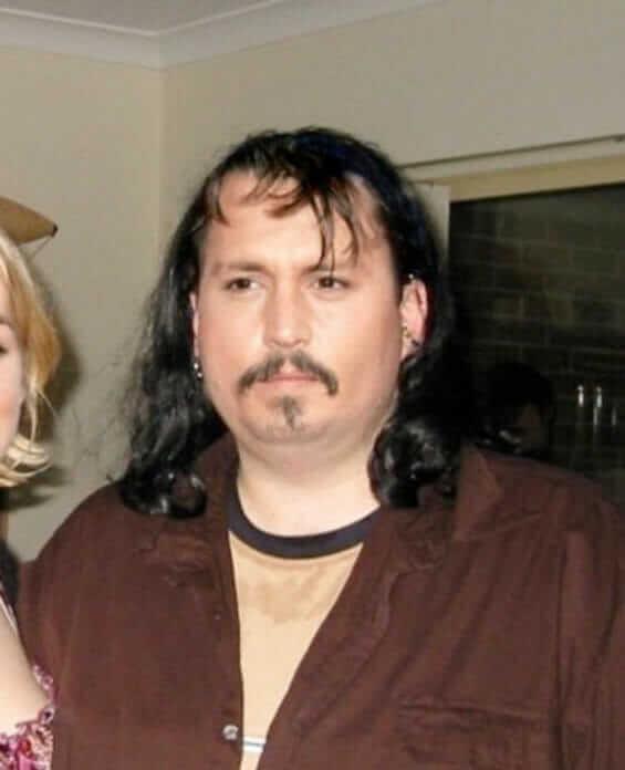 Wie Medien-Bilder Schlankheits- und Perfektions-Wahn beeinflussen: Wenn aus Brittney Spears, Johny Depp, Pamela Anderson und co. Normalos werden Johny Depp