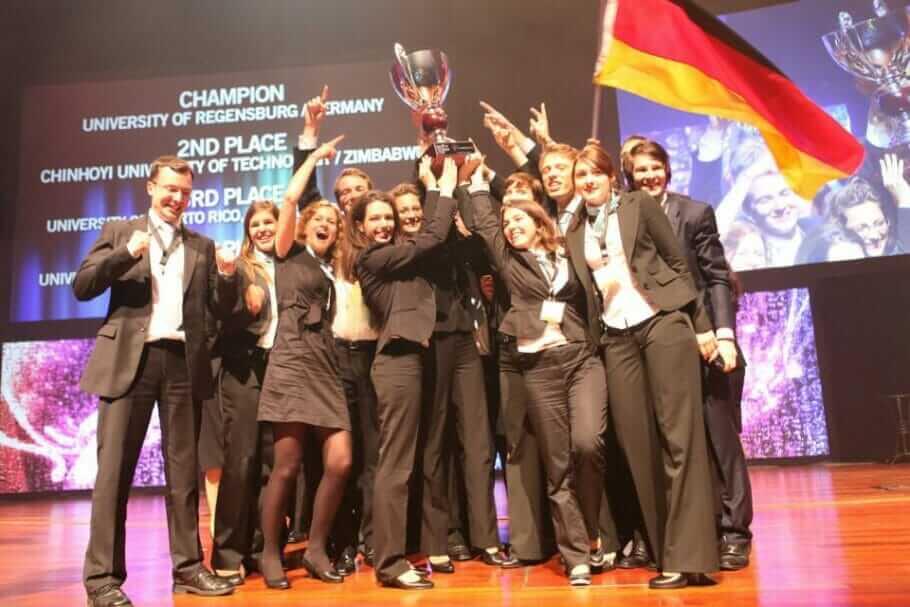 SIFE_World_Team_Regensburg