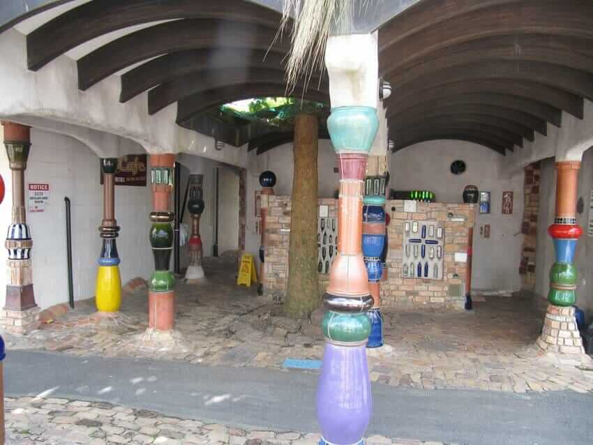 Crowdfunding via Social Media: Finanzspritzen für Kultur und Tourismus hundertwasser-toilette