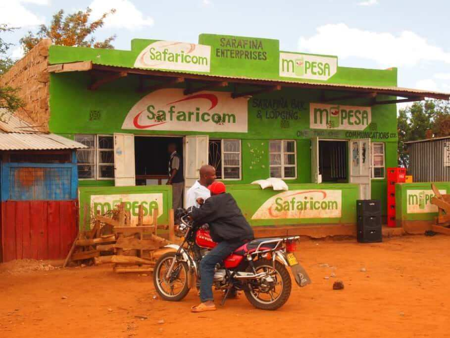 M-PESA - Kenya's pioneering role in mobile payment: driver of innovation instead of stone age village