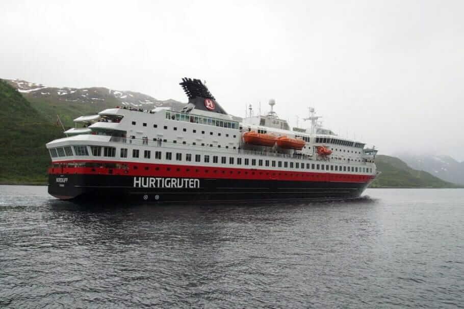 Meeting auf den Hurtigruten: Schiffe und Route {Review} Hurtigrute024