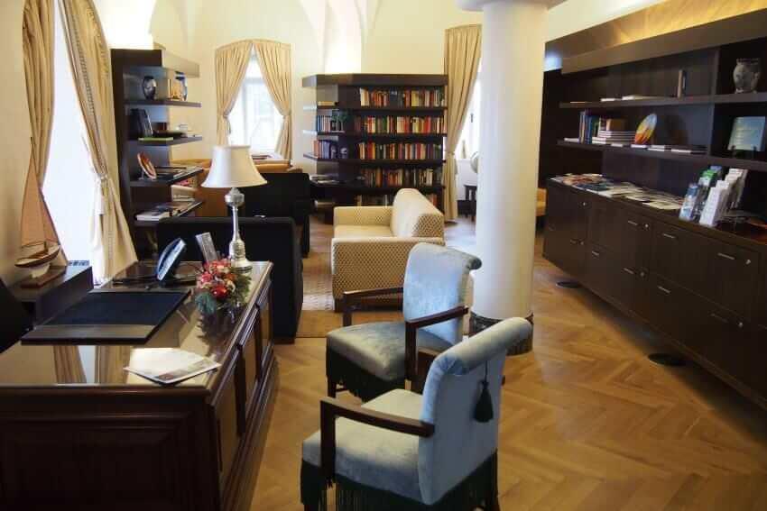 Luxus-Meetings im Schlosshotel Velden: MICE in historischer Filmkulisse {Review} Schlosshotel-Velden02