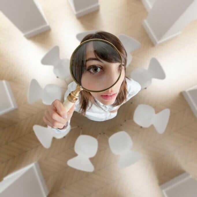 How women fail in leadership positions: Unconscious behavior pattern blanket women