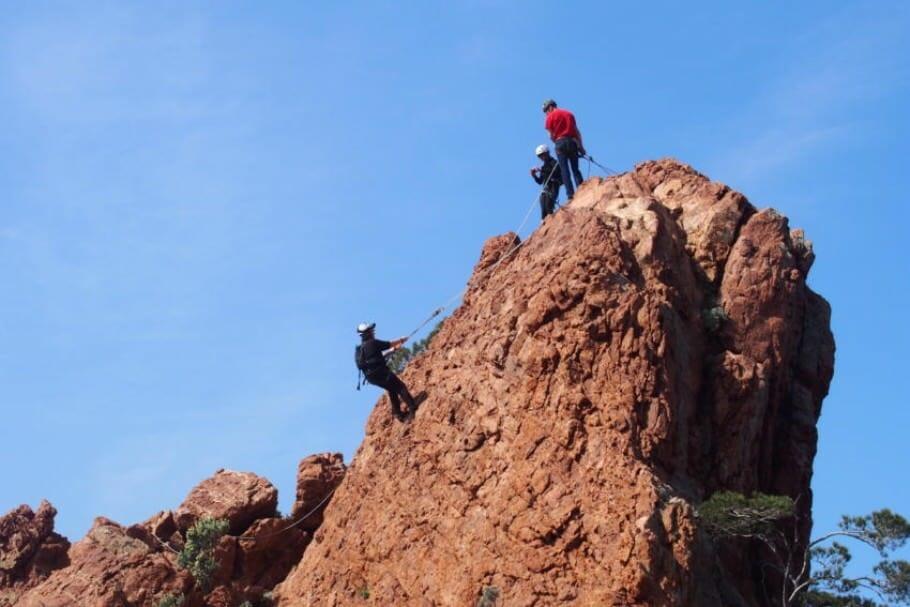 Outdoor-Teambuilding an der Côte d'Azur: Klettern und Segeln in Var {Review} cote-d-azur-teambuilding-10