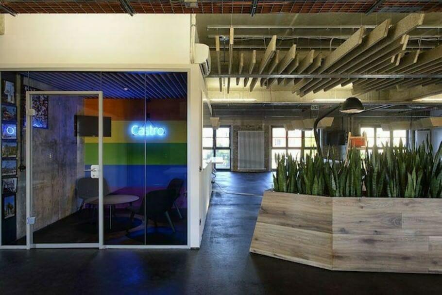 Kreative Arbeitsplatzgestaltung: Die 10 coolsten Büros Deutschlands {Review} Glassdoor_05_Buerofoto_SoundCloud