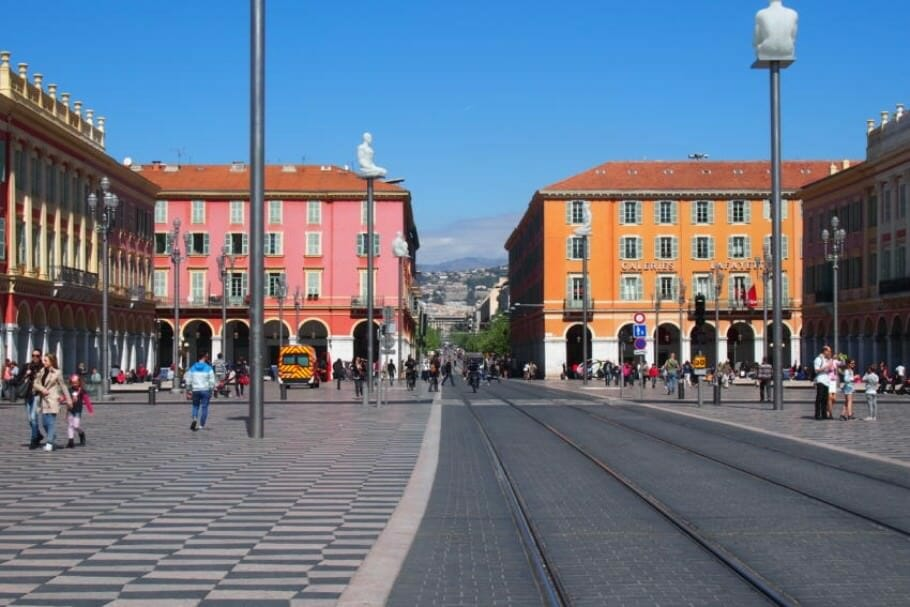Meetings and events such as Elton John and Madonna in Nice: 5 insider tips not only for business travelers {Review} nice-nice-provence-france-7