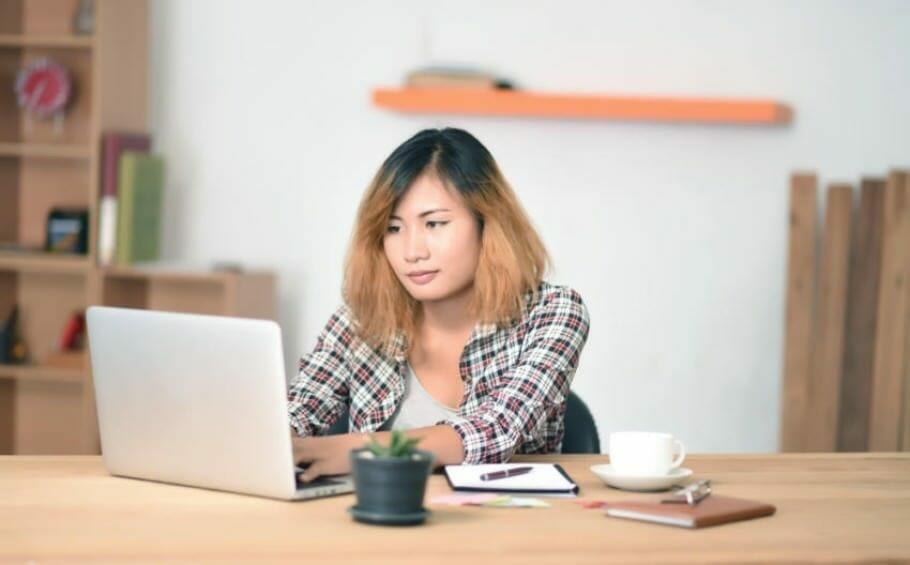 woman-it-gender-pay gap