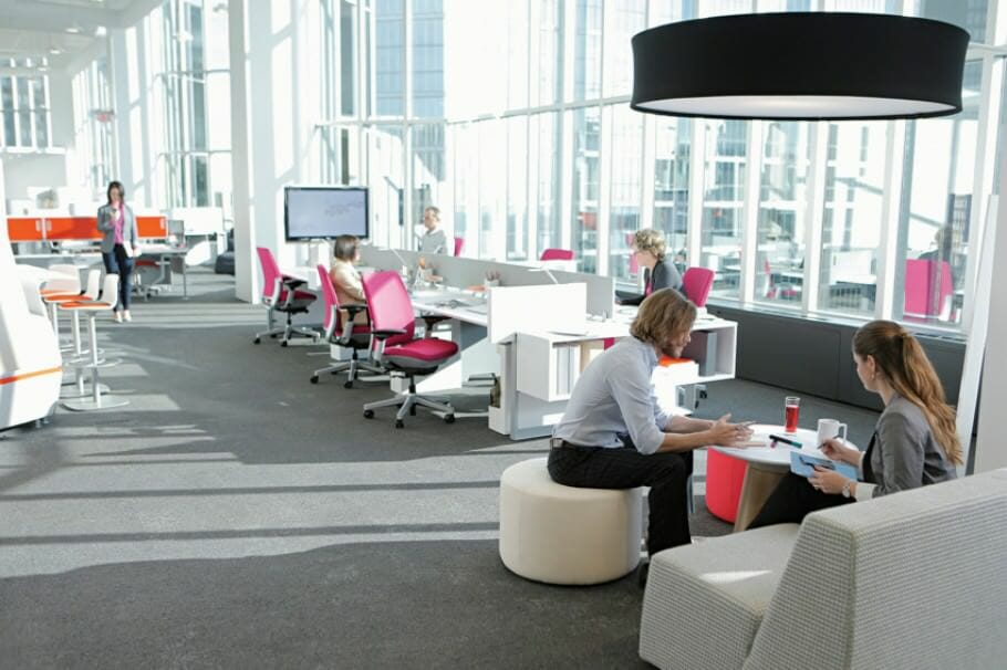 Individual office or open space? It's all in the mix! Copyright: Steelcase