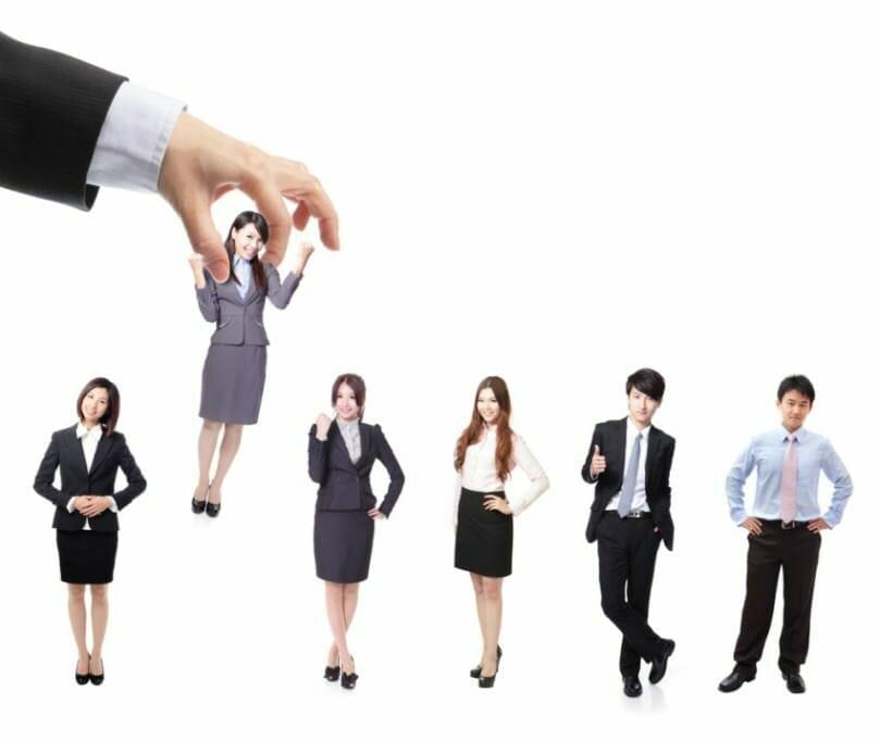 {Replik} Dialogbereite Unternehmen oder nur scheinbare Offenheit: So sehen Bewerber Personaler wirklich! {Replik} Dialogbereite Unternehmen oder nur scheinbare Offenheit: So sehen Bewerber Personaler wirklich!