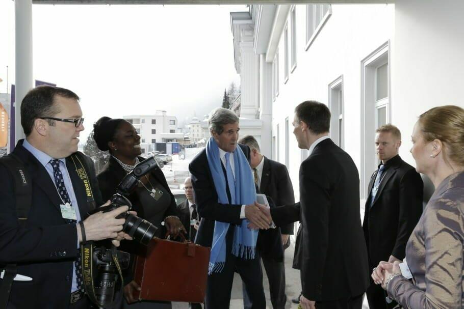 Tagen wie Bill Clinton, John Kerry und Mark Zuckerberg beim World Economic Forum: In der Suite des Staatschefs {Review} Tagen wie Bill Clinton, John Kerry und Mark Zuckerberg beim World Economic Forum: In der Suite des Staatschefs {Review}