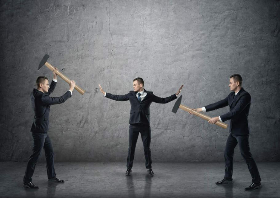 Konflikte im Team lösen in 10 Schritten: Streit schlichten durch Kommunikation Konflikte im Team lösen in 10 Schritten: Streit schlichten durch Kommunikation