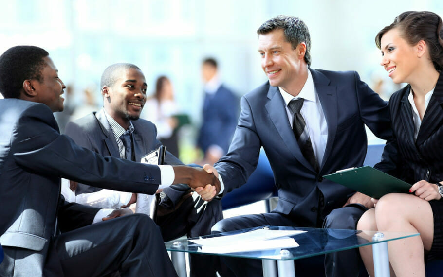Negotiate successfully in 6 steps: Stay objective and fair