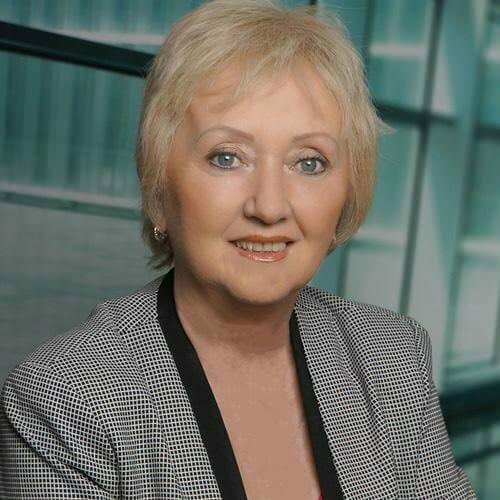 Claudia Simon Claudia Simon