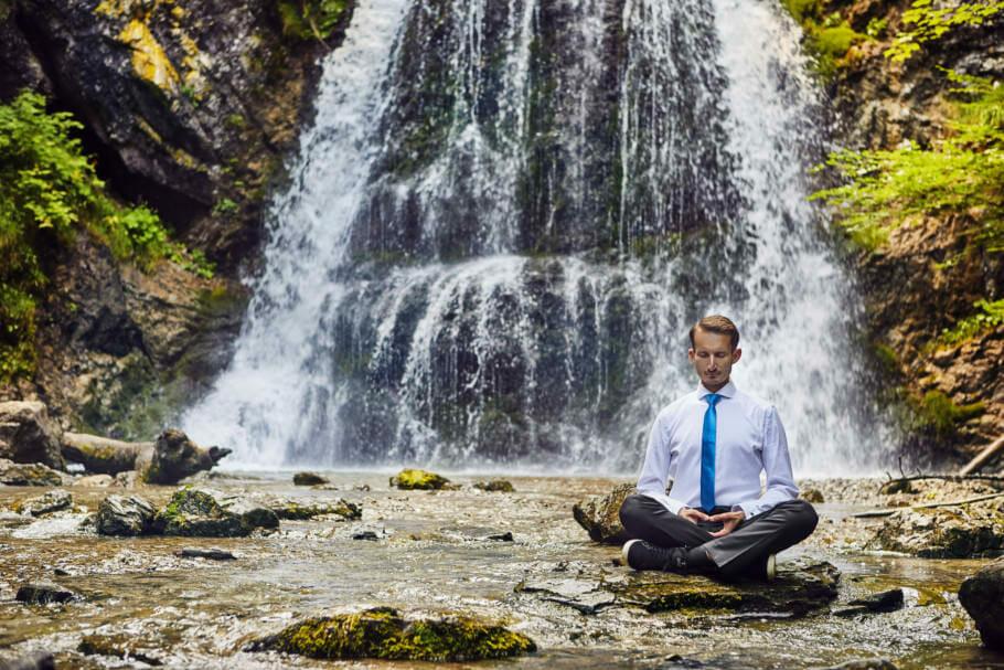 Achtsamkeit und Meditation: Konzentration und bewusste Wahrnehmung verbessern Achtsamkeit und Meditation: Konzentration und bewusste Wahrnehmung verbessern