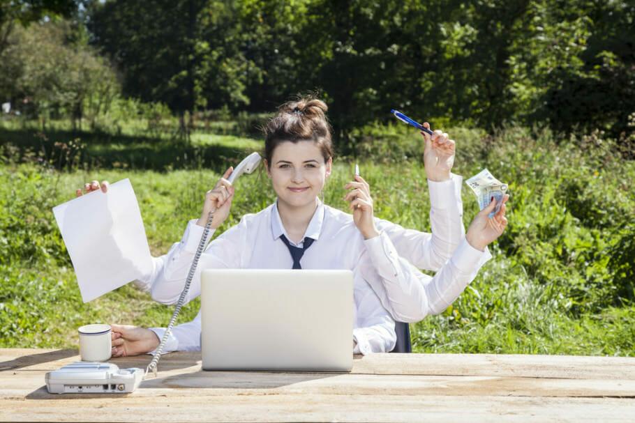 Effizienz Zeitmanagement Stressabbau: Raus aus dem Hamsterrad des eigenen Egos Effizienz Zeitmanagement Stressabbau: Raus aus dem Hamsterrad des eigenen Egos