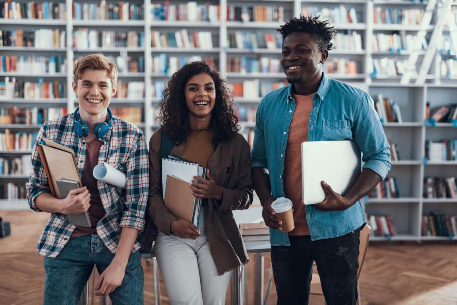 Berufsorientierung Jobsuche Bewerbung: 6 Vorbereitungs-Tipps für Studierende und Auszubildende