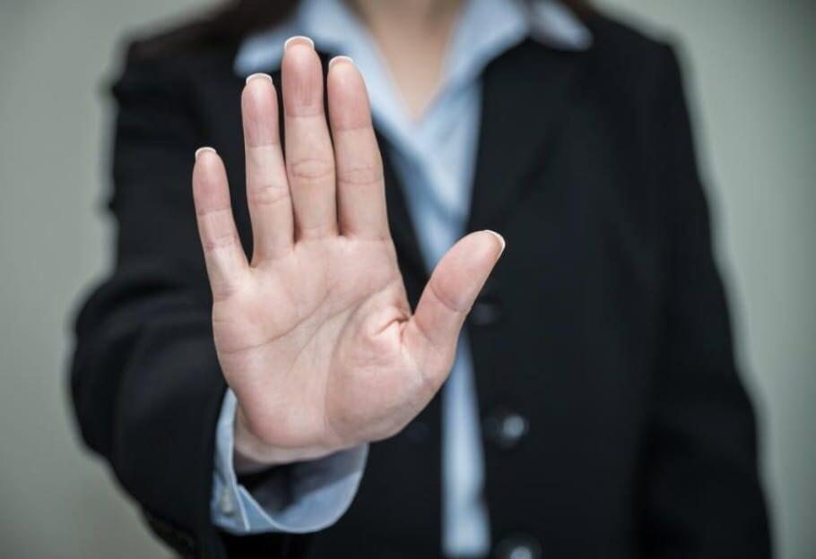 """Zeitmanagement durch weniger arbeiten: Warum """"Nein""""-Sagen Respekt einbringt!"""
