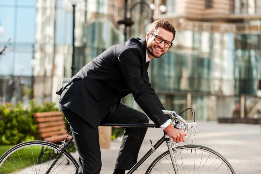 Erfolgreich gründen im Nebenerwerb: Unternehmer nach Feierabend