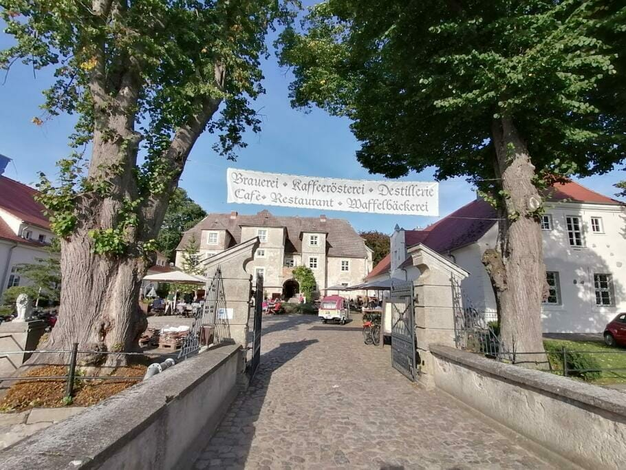 Entschleunigen auf Usedom: Strandwandern gegen Stress an Europas längster Promenade